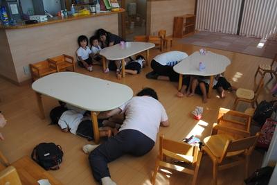 避難訓練(地震)